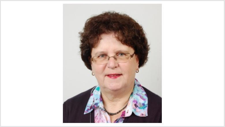 Dr. Angela Ehlers